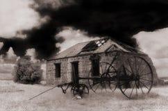 gammalt lantgårdhus Arkivfoto