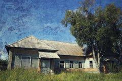 gammalt lantligt för hus Arkivfoto