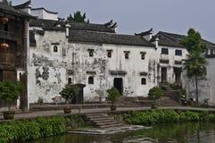 gammalt lantligt för kinesiska hus arkivbilder