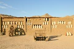 Gammalt lerahus i Afrika Arkivfoton