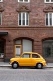 gammalt litet för bil Arkivbilder