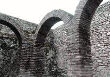 Gammalt medeltida vaggar rum Arkivfoto