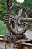Gammalt mekaniskt kugghjul arkivbild
