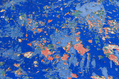 Gammalt metall, målade yttersidor Arkivfoto