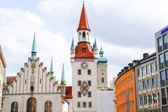 Gammalt Munich stadshus i Marienplatz Munich Royaltyfri Bild