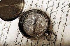 gammalt papper för kompass fotografering för bildbyråer