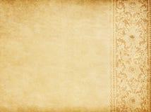 Gammalt papper med den orientaliska prydnaden Royaltyfri Bild
