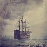 Gammalt piratkopiera skeppet royaltyfria bilder