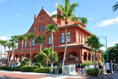 Gammalt posta - kontoret och Customshouse, Key West Arkivfoton