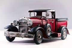 Gammalt räcka - den gjorda bilen royaltyfria foton