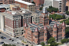 Gammalt rött museum, förr Dallas County Courthouse, i Texas royaltyfria foton