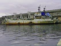 gammalt rasty fartyg royaltyfri foto