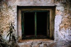 Gammalt rostigt fönster Royaltyfri Bild