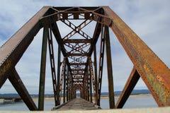 gammalt rostigt för bro Fotografering för Bildbyråer
