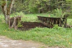 gammalt rostigt för bro Arkivbilder
