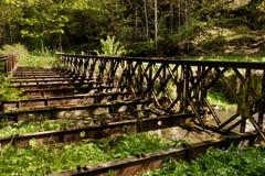 gammalt rostigt för bro Arkivbild
