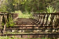 gammalt rostigt för bro Royaltyfri Fotografi