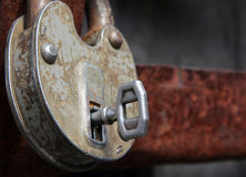 gammalt rostigt för key lås Arkivfoto