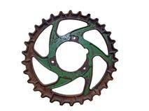 Gammalt rostigt metallkugghjul royaltyfri bild