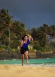 gammalt running triathleteår för kvinnlig forty arkivbilder