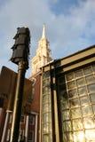 Gammalt södra kyrkligt torn under dagen Royaltyfri Bild