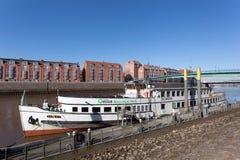 Gammalt skepp som ankrar i Bremen Royaltyfri Foto