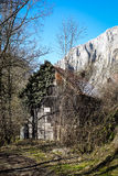 Gammalt skjul - den Turda klyftan - Cheile Turzii, Transylvania, Rumänien Royaltyfri Fotografi