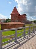 Gammalt slott i Kaunas, Litauen. Arkivfoton
