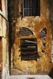 gammalt slutarefönster Arkivfoto