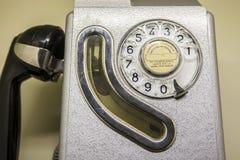 Gammalt spanskt bås för offentlig telefon Arkivfoton