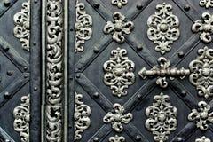 gammalt stål för dörrar royaltyfria bilder
