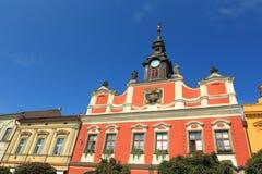 Gammalt stadshus i Chrudim royaltyfri bild