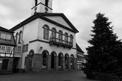 Gammalt stadshus i staden #3 Arkivfoton