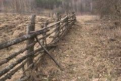 gammalt staket arkivbild