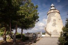 Gammalt stena watchtoweren i almunecar Spanien arkivfoto