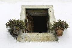 gammalt stenfönster Royaltyfri Fotografi