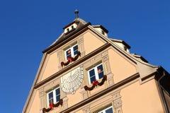 Gammalt Strasbourg hus med blå himmel Royaltyfria Bilder