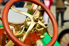 gammalt styrningshjul för bil Fotografering för Bildbyråer