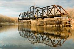 gammalt svängdrev för bro Royaltyfri Bild
