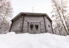 Gammalt svenskt ladugårdhus Royaltyfri Fotografi