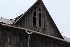 gammalt tak för ladugård Royaltyfri Bild