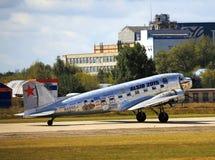 Gammalt tidamerikanflygplan Royaltyfria Bilder
