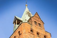 Gammalt torn av tegelstenar Royaltyfri Foto