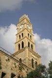 gammalt torn för akkoklocka royaltyfri foto