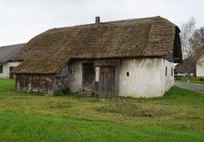 gammalt trä för ladugård Arkivfoto