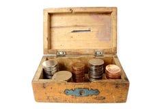 gammalt trä för moneybox arkivfoto