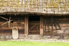 gammalt trä för stuga Arkivfoton