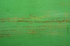 Gammalt träbräde av grön färg arkivfoton