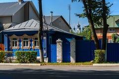 Gammalt trälantligt hus Fotografering för Bildbyråer