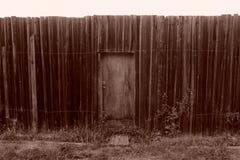 Gammalt trästaket And Wicket Sepia arkivbild